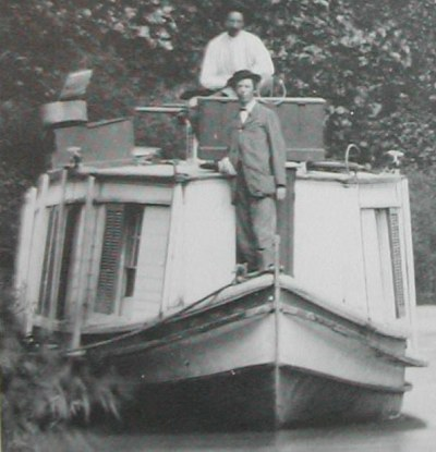 Wooling's Packet Boat